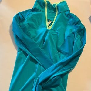 Lululemon exercise partial zip jacket! Size 6